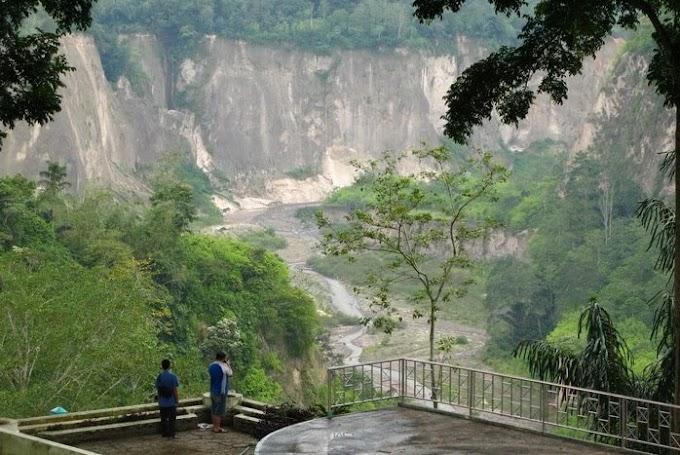 Wisata Ngarai Sianok – Bukit Tinggi