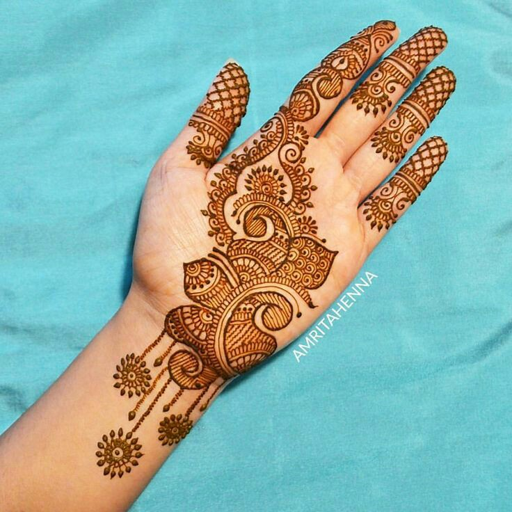 modern simple arabic mehndi designs front hand