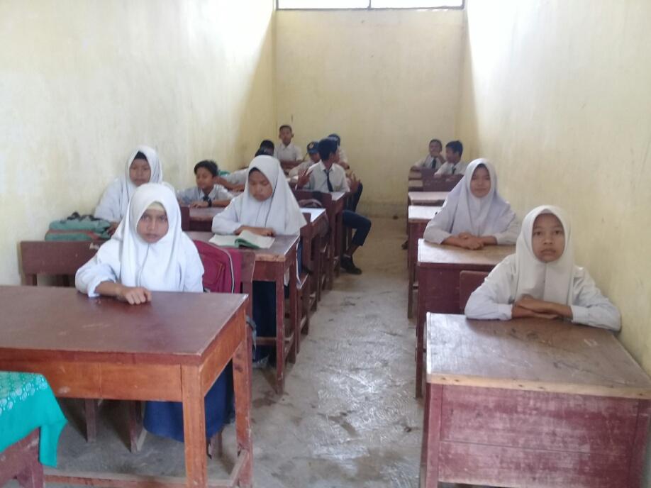 Siswa SMP Negeri 5 Batang Angkola Butuh Ruang Layak Belajar