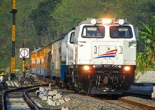 Perjalanan Wisata Bogor ke Cianjur Naik Kereta Api Pangrango