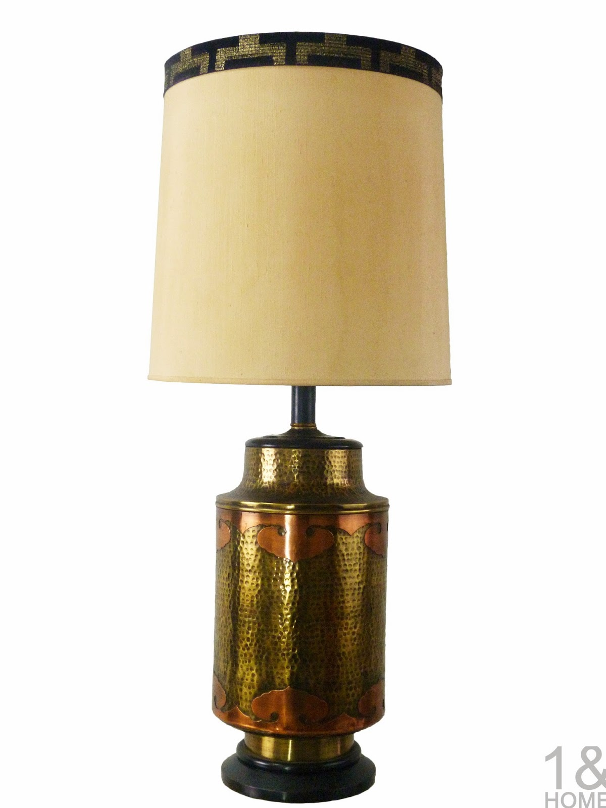 Mid-Century stiffel Hammered Brass and Copper Table Lamp