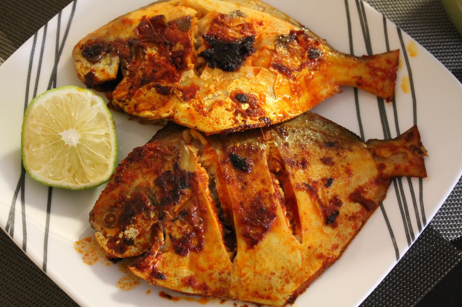 Sumee's Culinary Bites: Baked Whole Black Pomfret