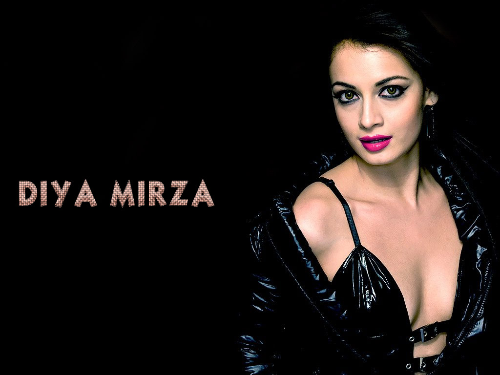 Sexy Diya Mirza 60