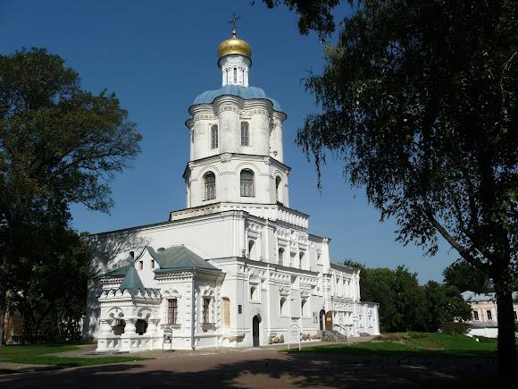 Чернигов. Детинец. Борисоглебский собор. 1123 г. Коллегиум