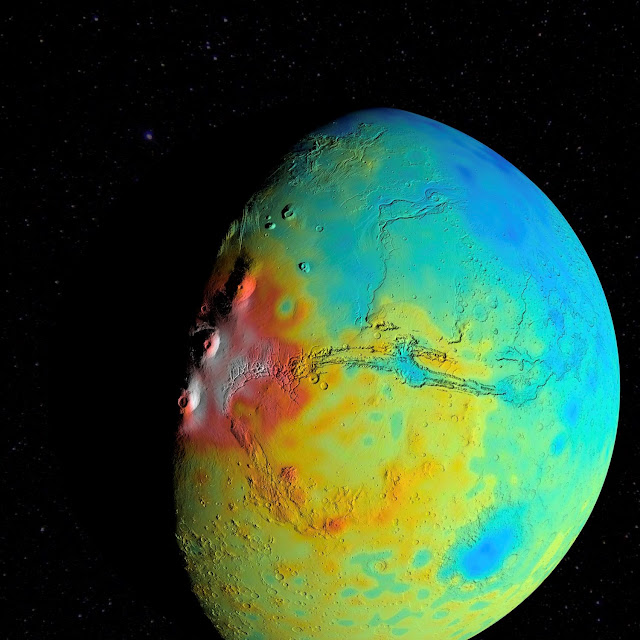 New gravity map suggests Mars has a porous crust