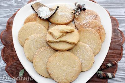 Ciasteczka kokosowe z cukrem (lepsze od herbatników)