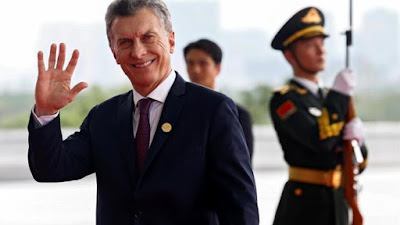 Macri no ha cumplido con la promesa de su campaña: eliminar los pobre político, al contrario los ha multiplicado. EFE