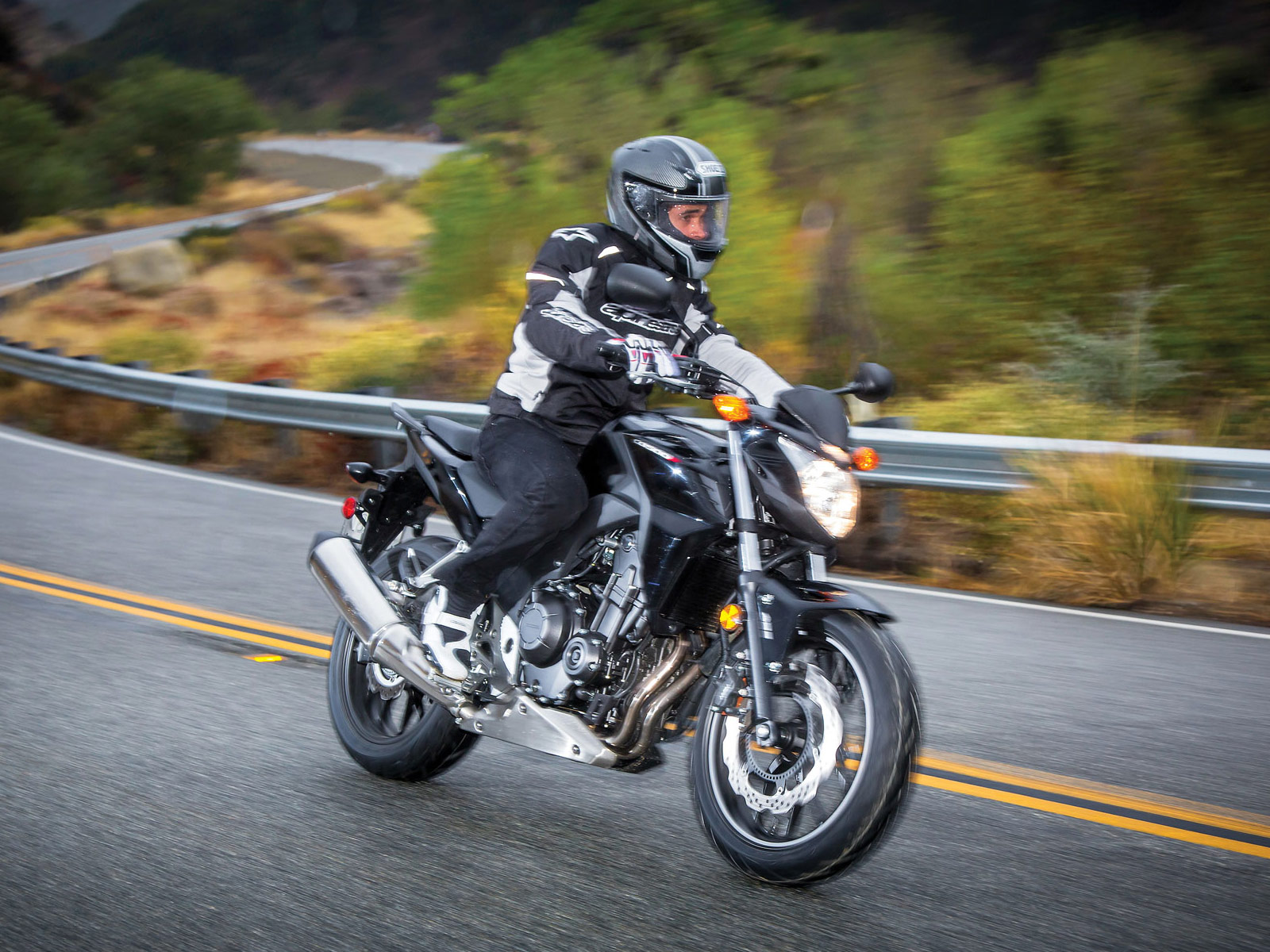 CB500F ABS | 2013 Honda Motorcycle photos and specifications |