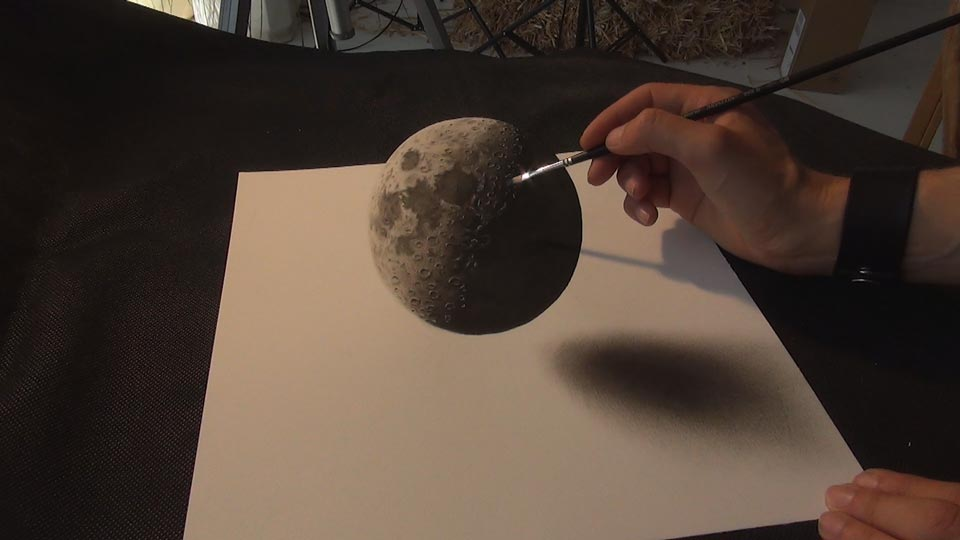 12-Moon-Stefan-Pabst-3D-Optical-Illusions-Drawings-and-Paintings-www-designstack-co