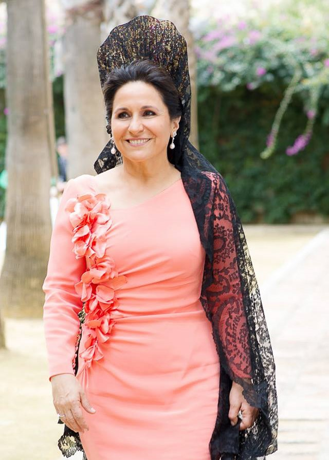 La madrina o madre de la novia perfecta | A todo Confetti - Blog de ...