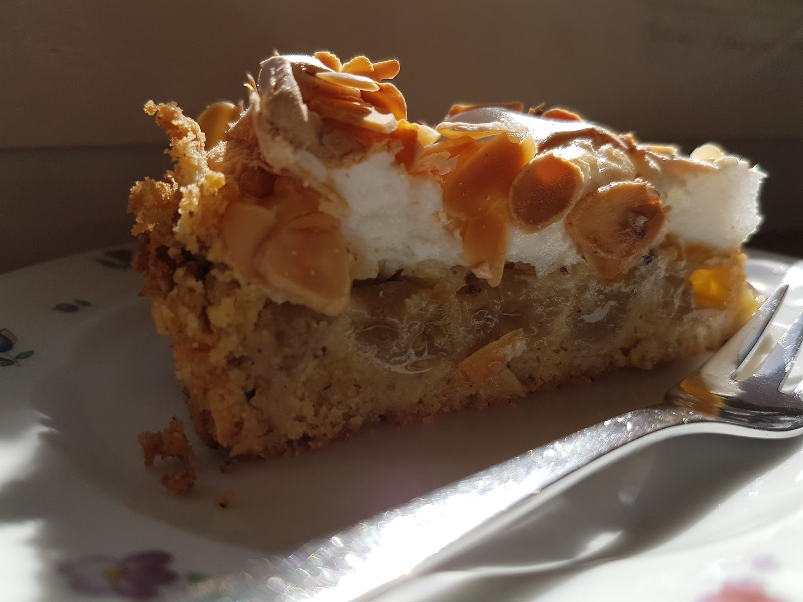 Aus Dem Lameng Stachelbeer Baiser Kuchen