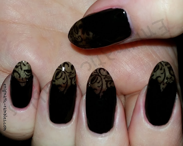 lace-nails-nail-art