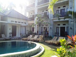 kolam renang hotel kutamara