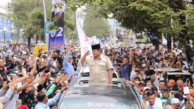 Dapat Sambutan Antusias Dari Warga cianjur, Prabowo: Aroma Kemenangan Rakyat Terlihat