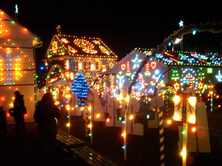 Christmas Lights In Pa.Pa Holiday Bucket List 13 Awesome Things To Do