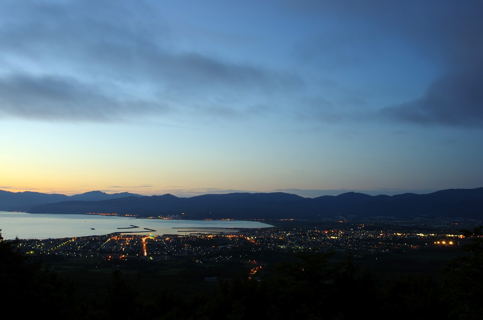 岩内町・円山展望台からの夕景②これが北海道4大夜景 | うんぱ ...