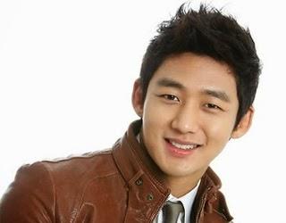 Profil dan Biodata Lee Tae Sung