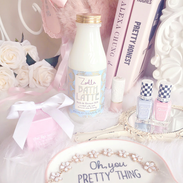 A Few Current Faves | Zoella Bath Latte & Barry M Nail Polish