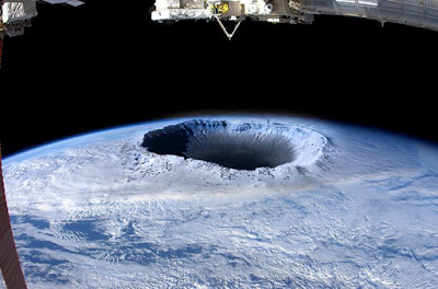 Hollow Earth - North Pole?