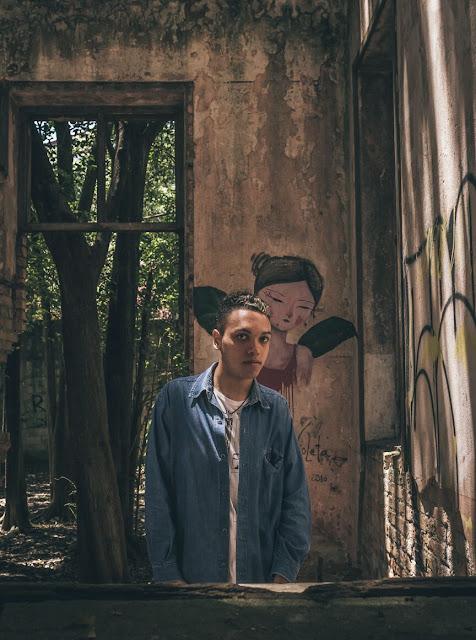 Alex Drey lança novo single com pegada Reggae ouçam Coração De Leão