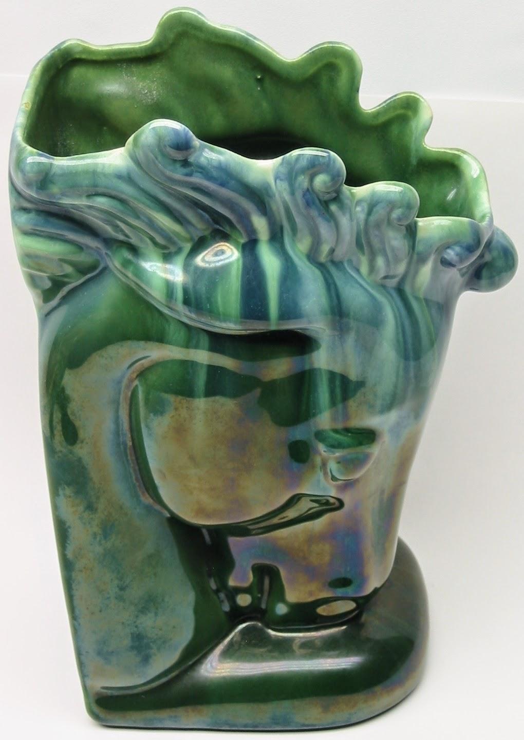 Lauragarnet Figural Pottery