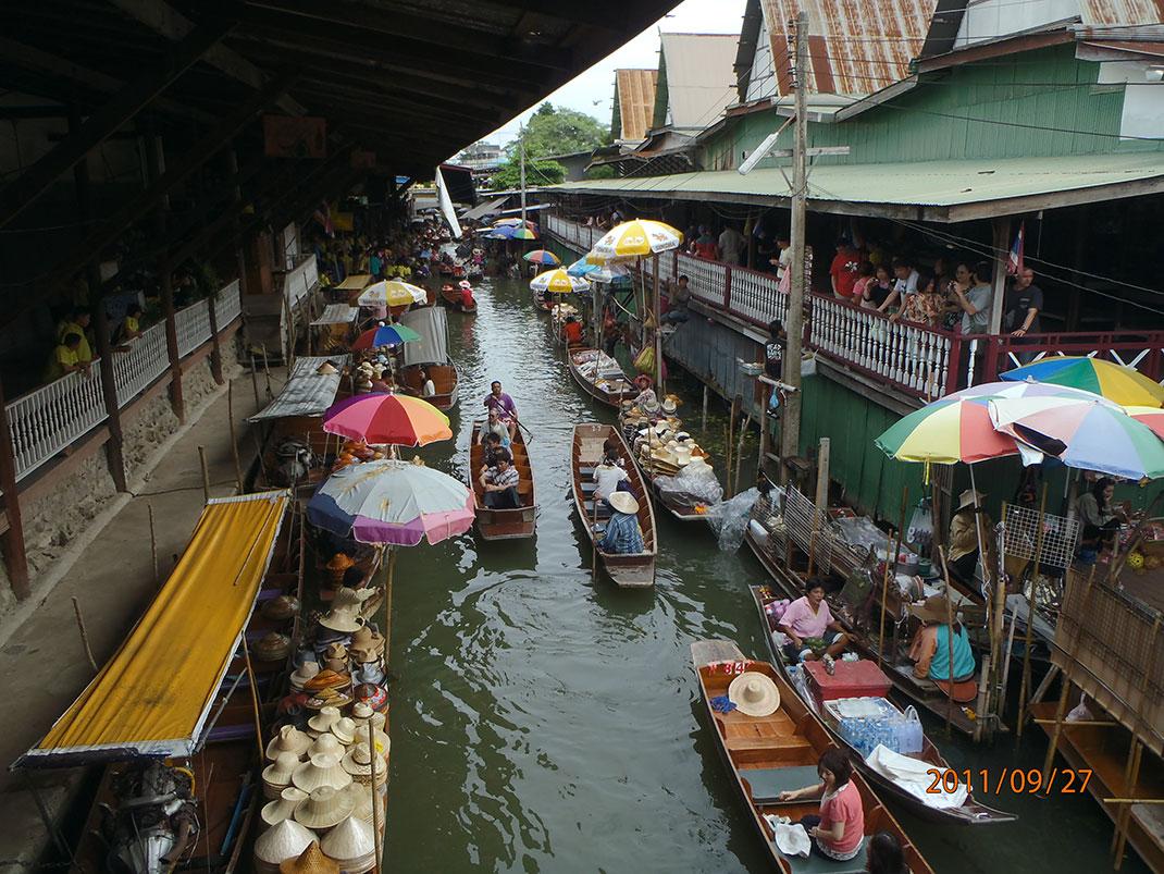 Marché flottant Damnoen Saduak à Bangkok Thailande Worldia
