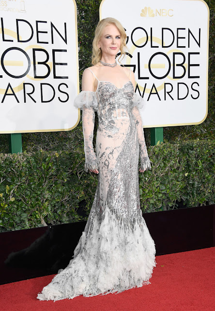 Nicole Kidman in silver white dress by Alexander McQueen