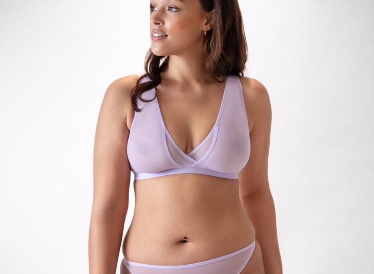 Minimal lingerie for big busts