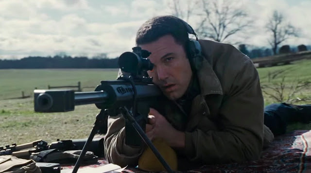 "Ben Affleck tem distúrbio psíquico no trailer do suspense ""O Contador"", de Gavin O'Connor"