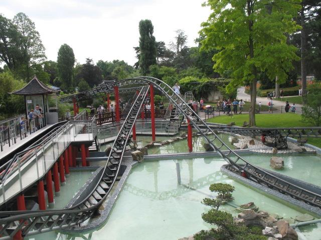 park rozrywki w Paryżu