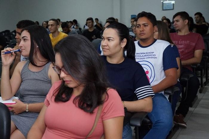 9eb34bb3a171c O evento aconteceu no Auditório Germayron Brito e contou com a presença dos  renomados palestrantes Dr. Marconi Fonseca e Dr Lucas Matheus.