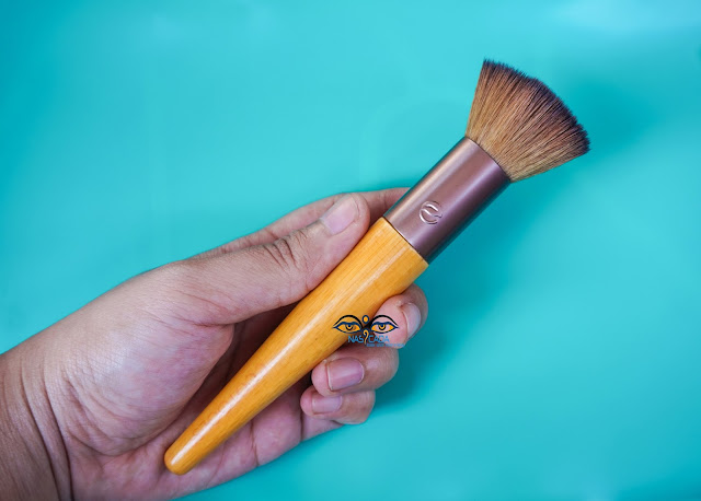 review-ecotools-custom-coverage-buffing-brush
