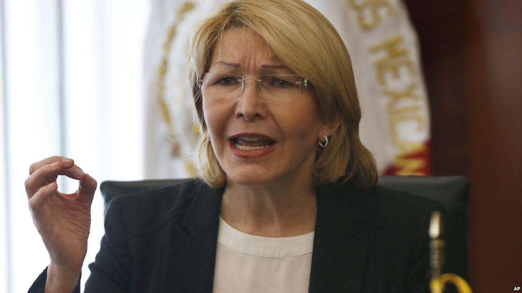 Exfiscal asegura tener pruebas de que Pérez ya se había rendido ante las fuerzas especiales / AP