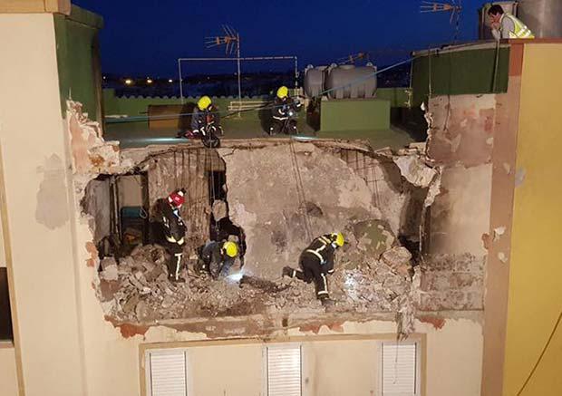 La propietaria de la vivienda de la explosión de Agüimes fue encontrada muerta entre los escombros por los bomberos de Gran Canaria del Parque de arinaga