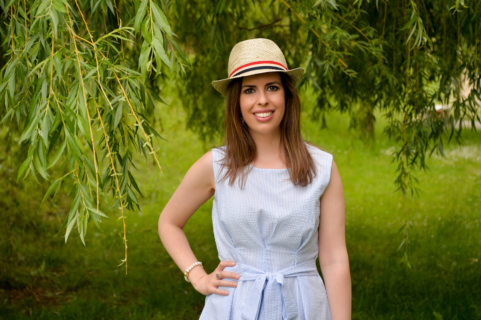 preppy striped dress bow fashion blogger