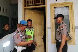 Ngamar Di Siang Bolong,  Delapan Pasangan Tidak Sah Diciduk Polisi