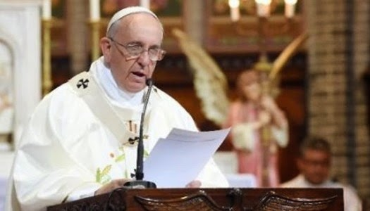 Papa Francisco ángel de la guarda existe