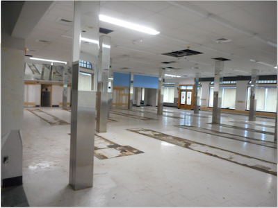 The former Walgreens space before its conversion to the Brookline Bank