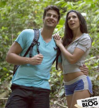 Babes – Alex Tomas: Wild Life