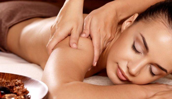 Girl body massage photo
