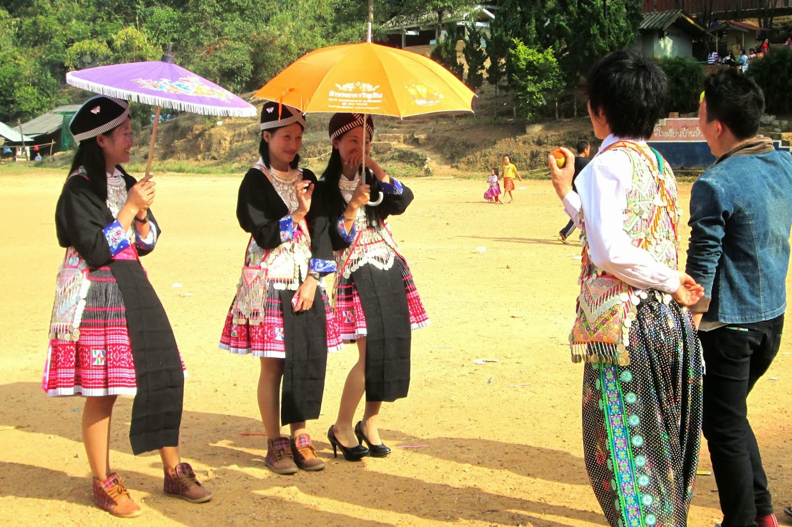 Rice Harvests and Tennis Balls: A Hmong New Year | So Little