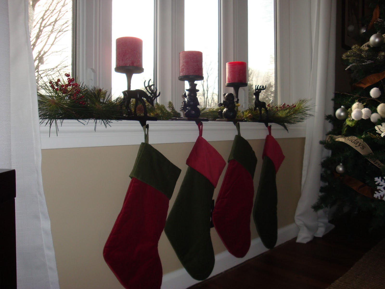 Ashley's Nest: Twelve Days of Christmas Day 2: Bay Window