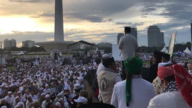 Aksi 212 Bagi Anies Baswedan Tahun Lalu Kecewakan Kaum Pesimis, Bilang Ini Bagian Keberhasilan Mengubah Ibu Kota...
