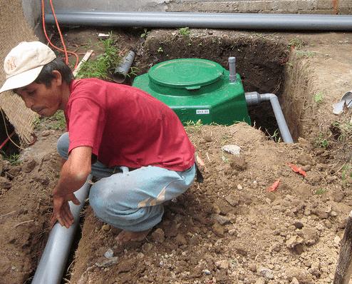 Dengan bayaknya pilihan, jangan bingung memilih septic tank bio yang bagus. Mulai dari merk Biotank, Bio Seven, Biotin, Biogift, Biogas, Bio Asahi dan Biofilter, etc, semuanya memang sudah terbukti berkualitas. Tapi untuk memilih yang terbaik dan cocok, berikut ini adalah syarat-syarat untuk di pertimbangkan dengan tepat, biogas septic tank manufacturers: