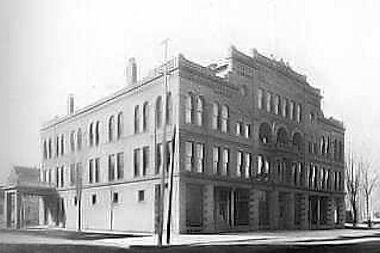 1 April 1940 worldwartwo.filminspector.com Ridotto Building Bay City