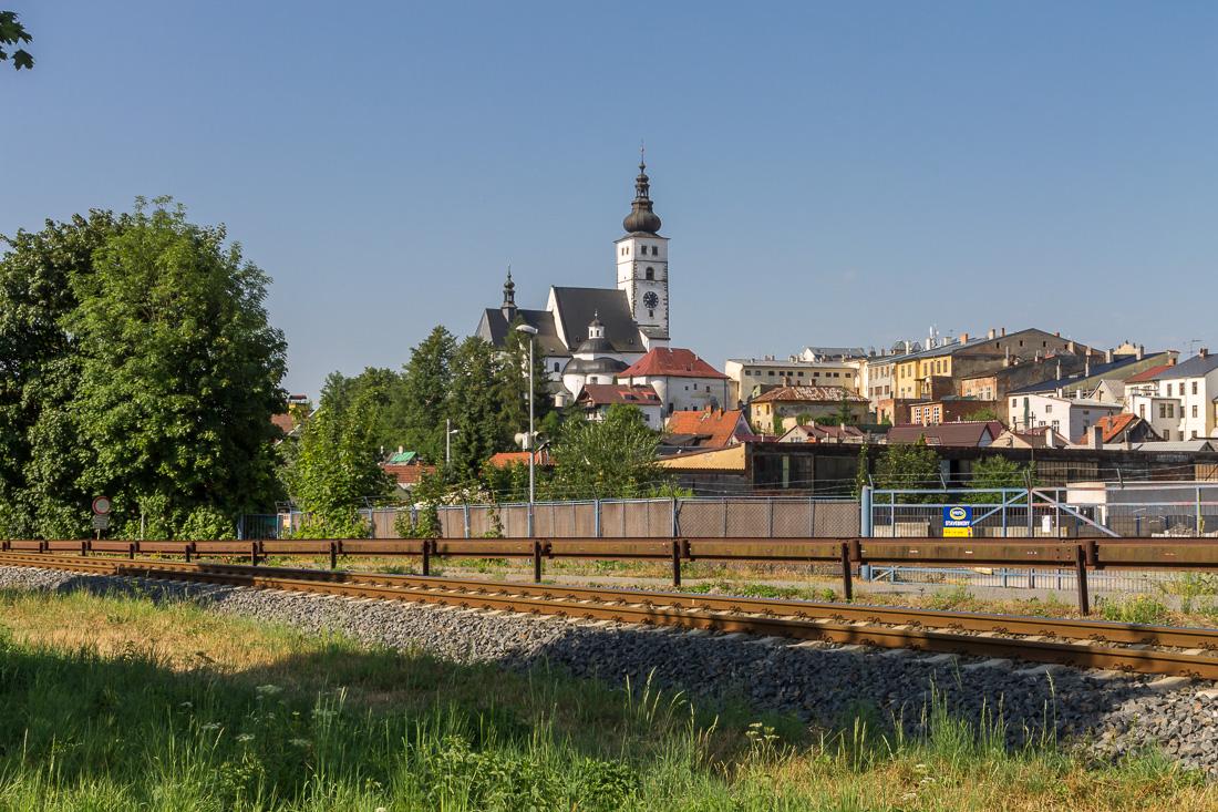 Вид на центр города Пршибор со стороны реки Любина
