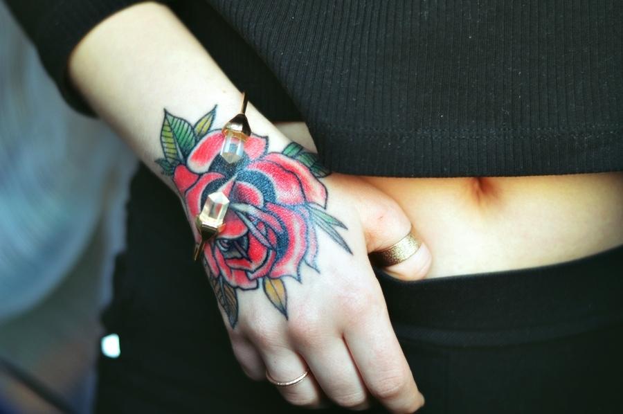 My Tattoos Czerwona Sukienka Blogi Modowe