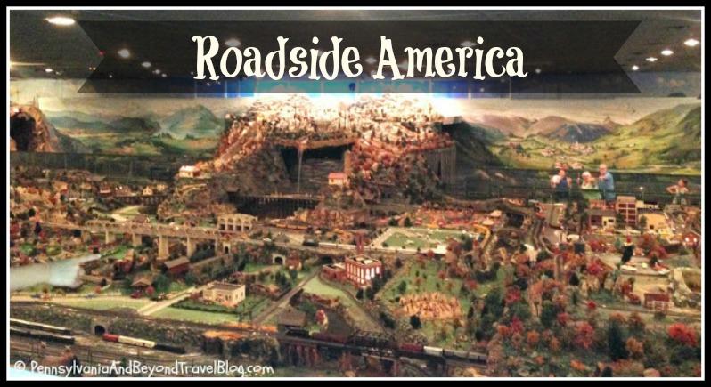 World/'s Greatest Indoor Miniature Village/' USA Travel Pennant PA Vintage /'Roadside America Shartlesville