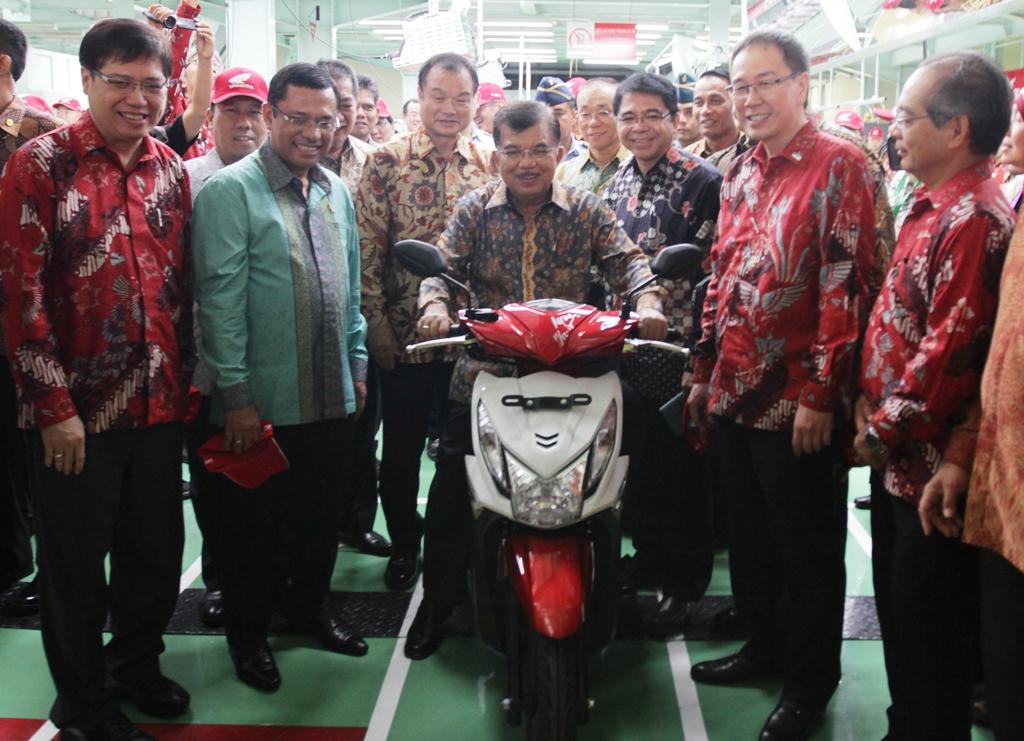 Info Kerja Terbaru Pabrik Sepeda Motor Resmi PT Astra Honda Motor (AHM)
