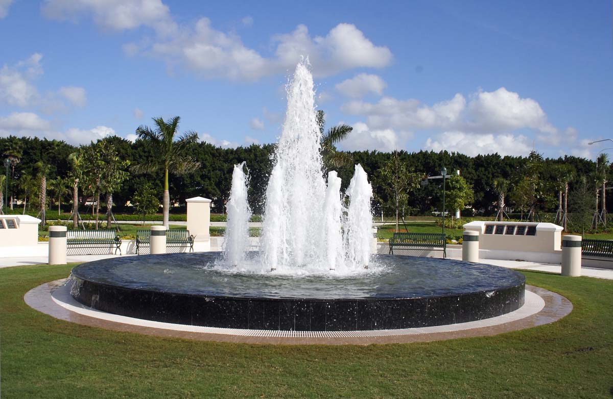 Fountains And Water Features Repair Company Denver Co 816 500 4198 Offers Fountain Construction This Includes Important Repairs Renovations For